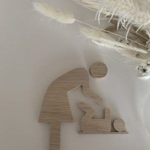 udskåret træ mor med baby